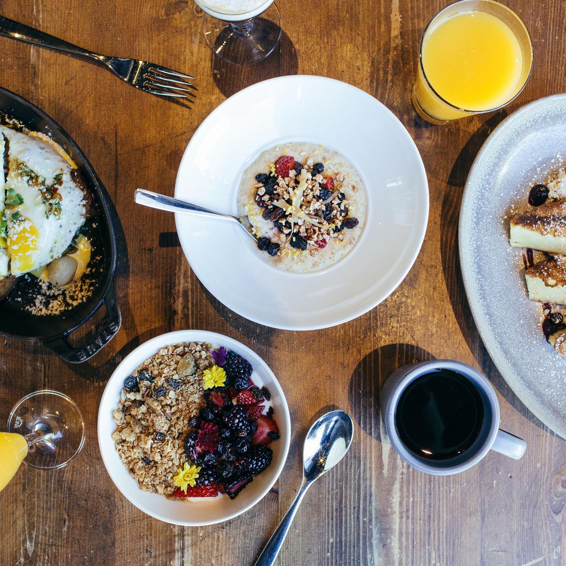 blue hound breakfast